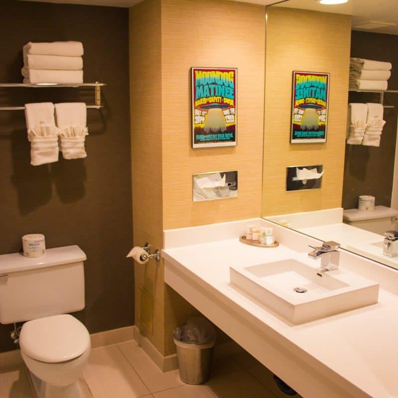 whitney peak reno bathroom