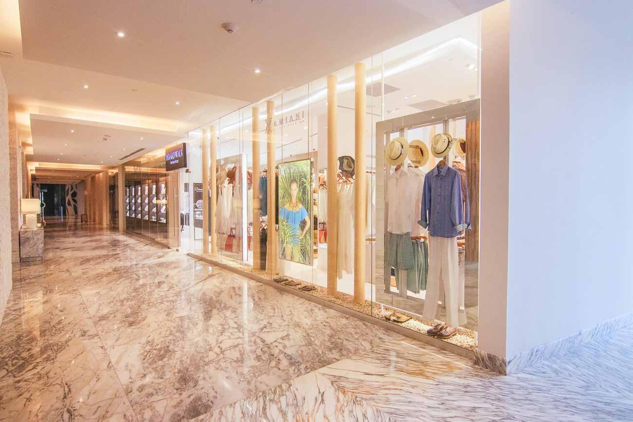 Le Blanc Spa Resort Cabo gift shop