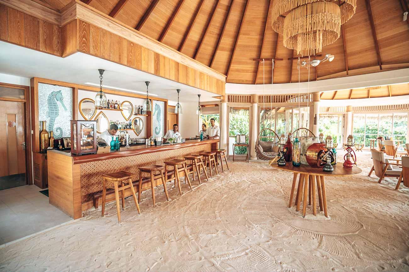 bar milaidhoo maldives