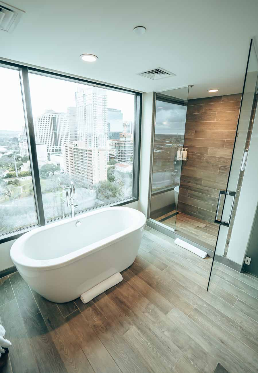 lakeview spa king kimpton van zandt austin