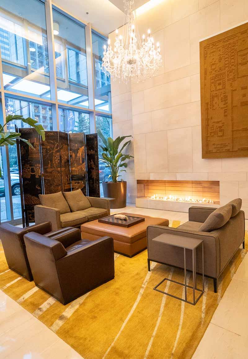 lobby shangri-la vancouver