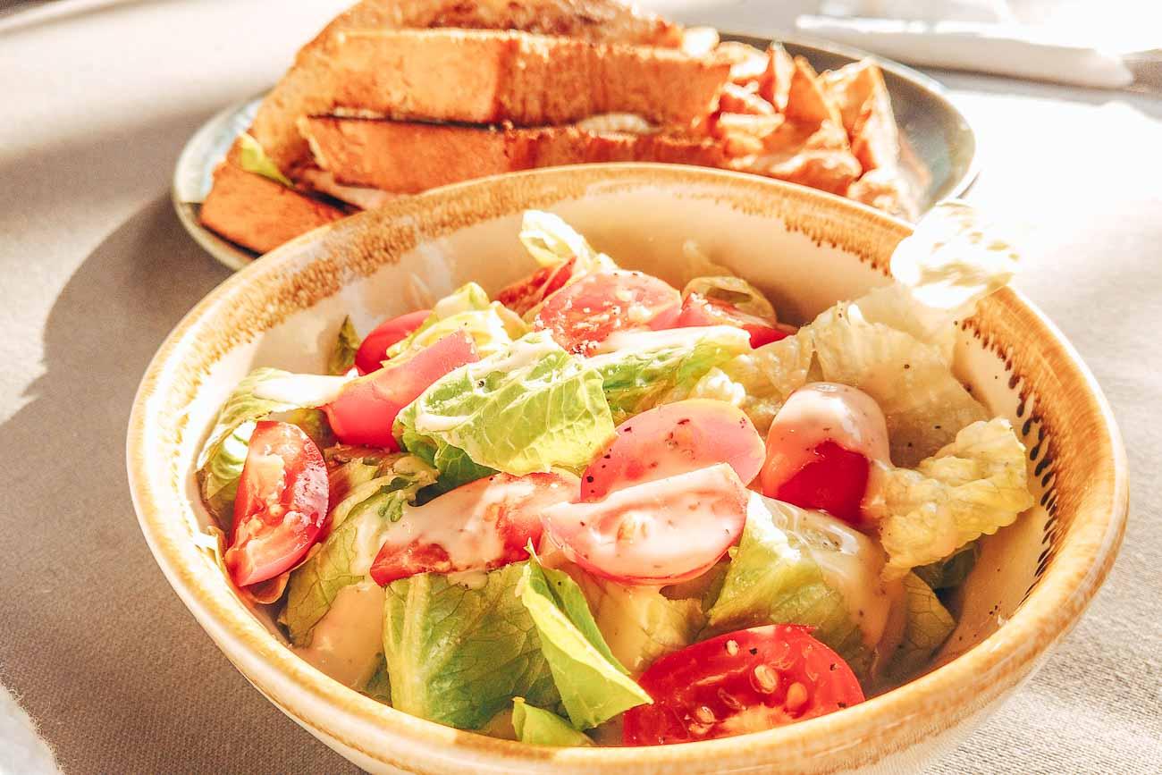 lunch Yasawa Island Resort