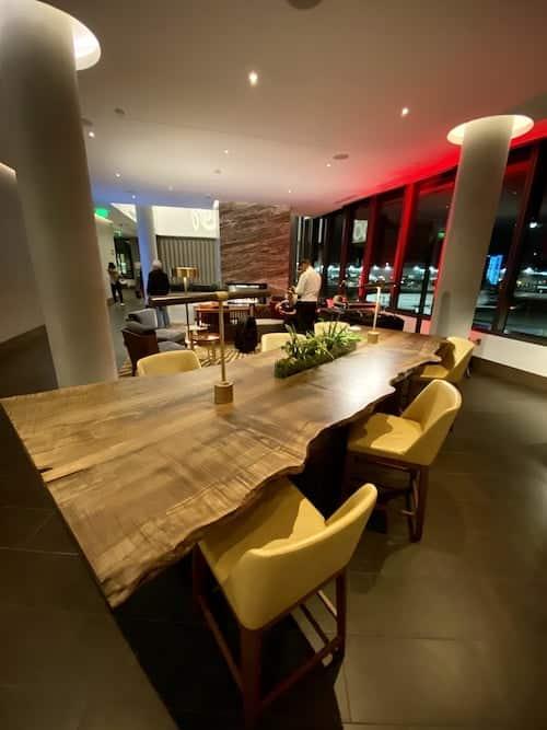Grand Hyatt SFO bar