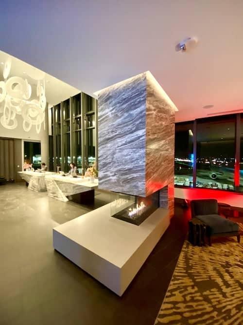 grand hyatt sfo lobby lounge