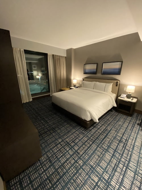 Grand Hyatt SFO grand suite bedroom