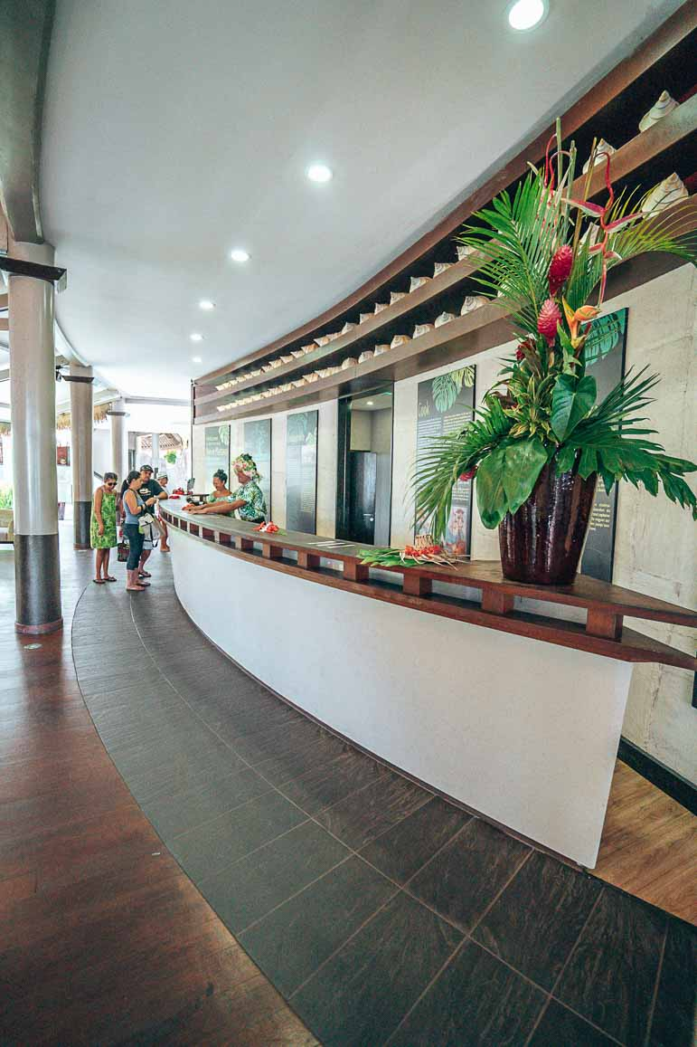lobby tahiti pearl beach resort