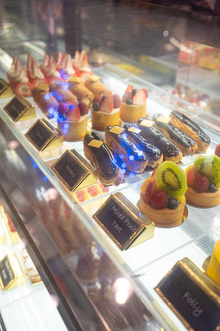 Dessert at Deli in Island-Shangri-La