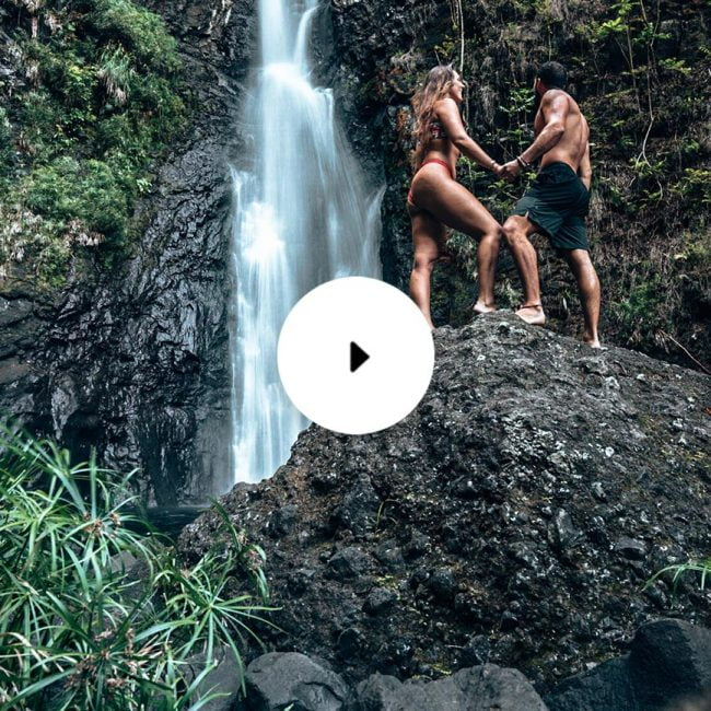 tahiti top three couple in waterfall