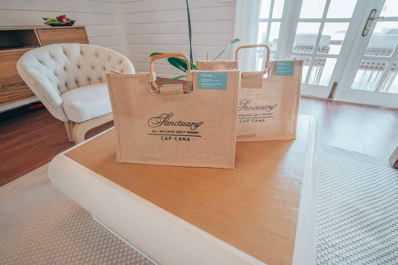 gift bags for hotel suite