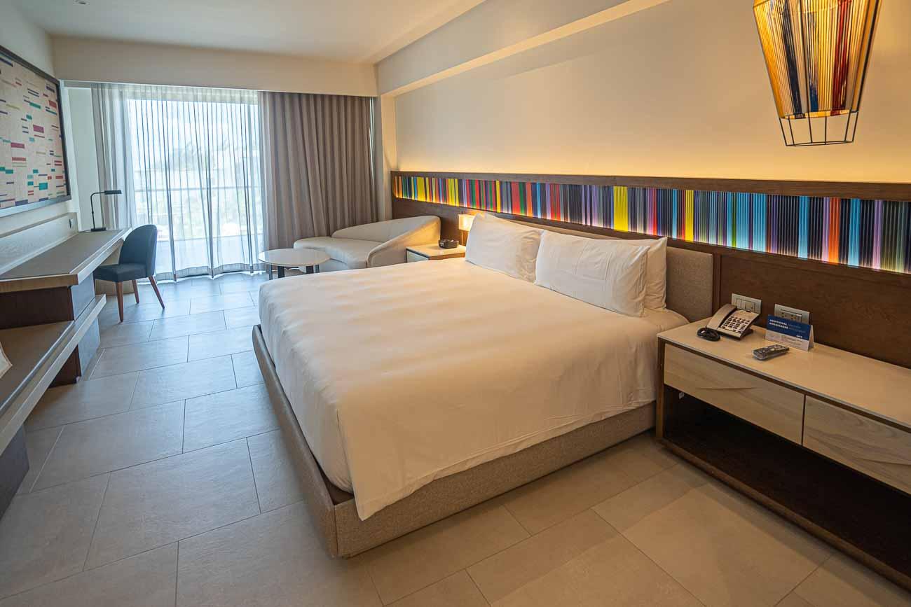 beautiful hotel room