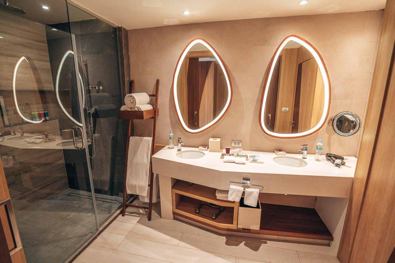 ziva bathroom hotel